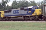 CSX 8704 on NB freight