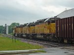Armour Yellow & Harbor Mist Gray trio pulling hard on the rock train