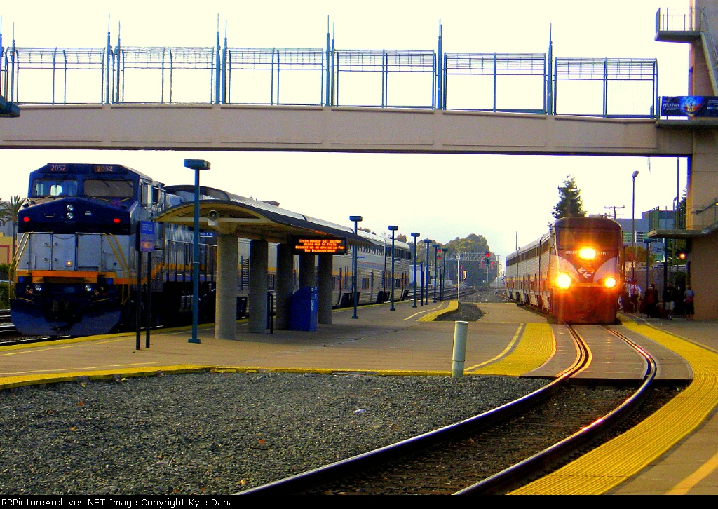 Amtrak 544 meets Amtrak 715
