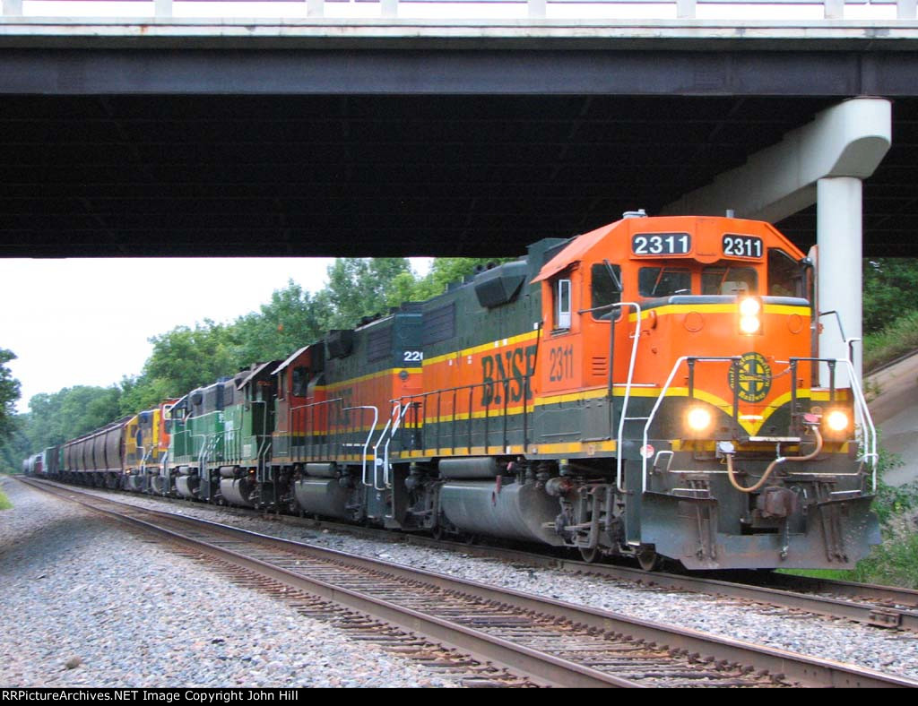 110806003 Eastbound BNSF Manifest Waits In The Siding
