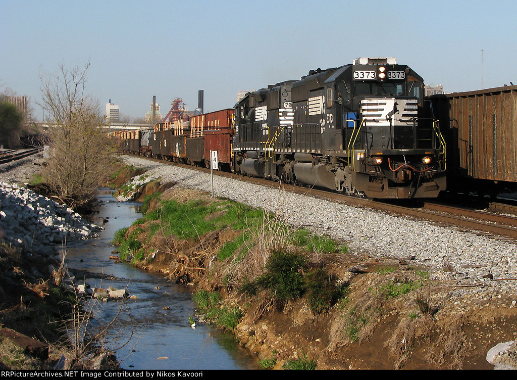 NS 3378 leading local past 45th St.