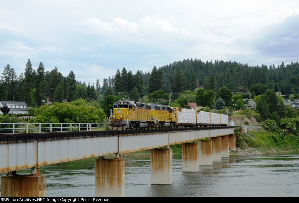 Crossing the Kootenai river