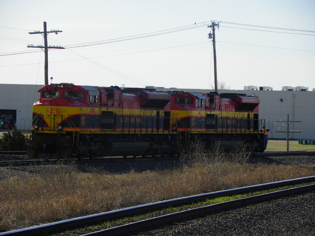 KCS SD70ACe 4123 & 4113